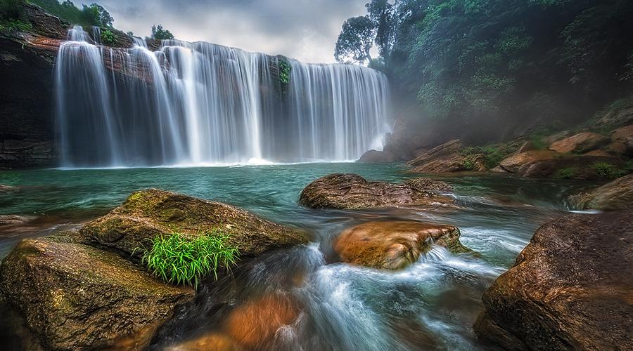 Krang Shuri Waterfall, Meghalaya