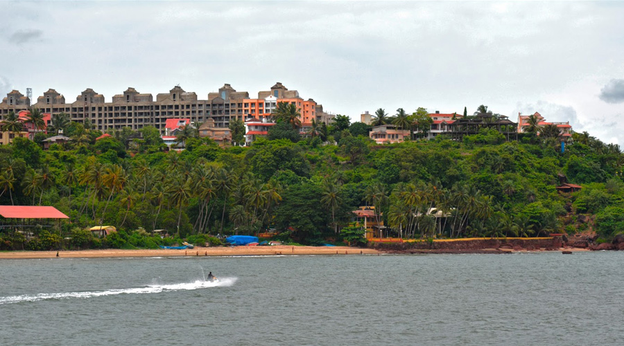Dias Beach or Dona Paula Beach, Panaji, Centre Goa, Goa, India