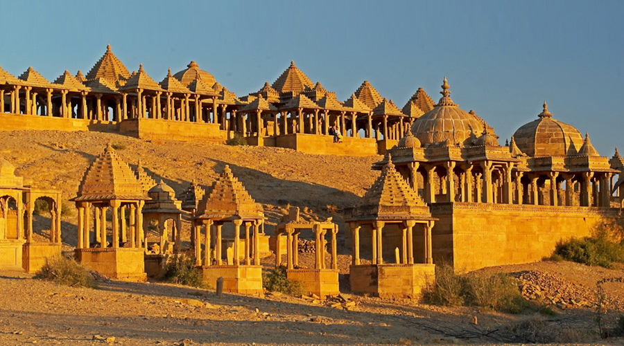 Bara Bagh Temple, Jaisalmer, Rajasthan, India