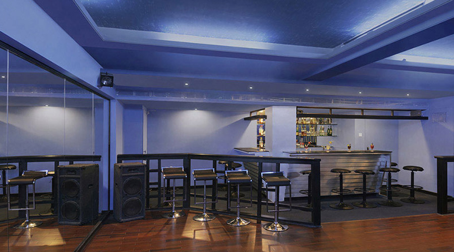 Apple Country Resorts, Manali Discotheque