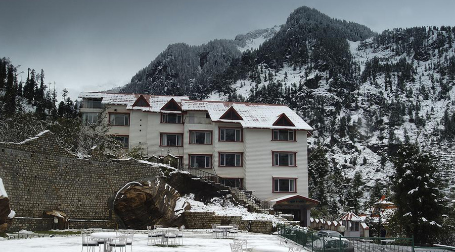 Apple Country Resorts, Manali Winter View