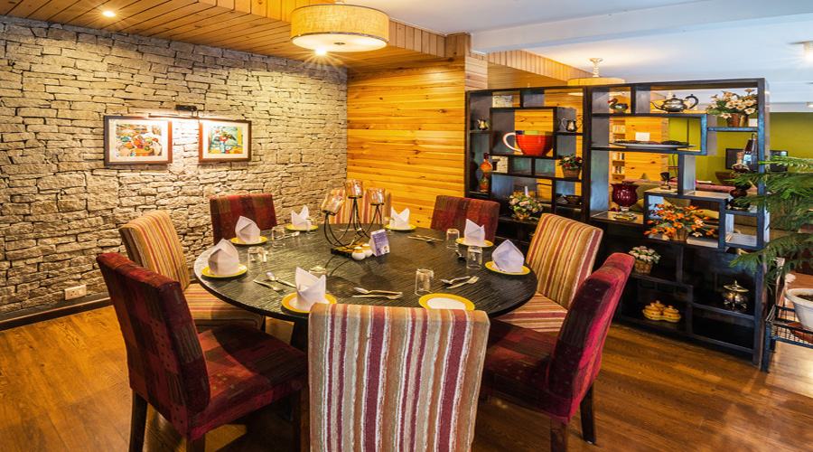 Honeymoon Inn Manali Restaurant & Food