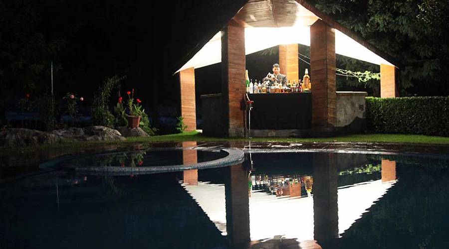 Span Resort And Spa, Manali, Pool Bar