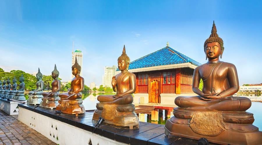 Gangaramaya Temple, Colombo, Sri Lanka, Asia