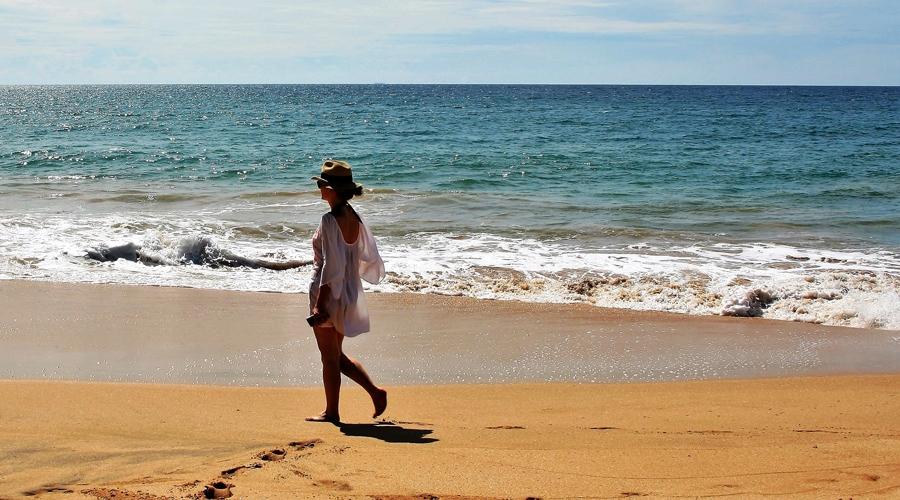 Romantic Bentota Beach, Sri Lanka, Asia