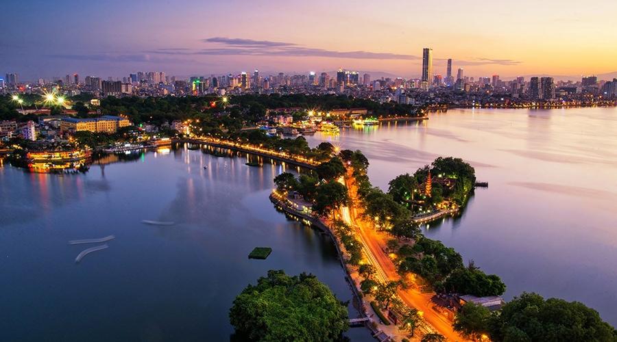 Hanoi Lake (Hoan Kiem Lake), Hanoi, Vietnam, Asia