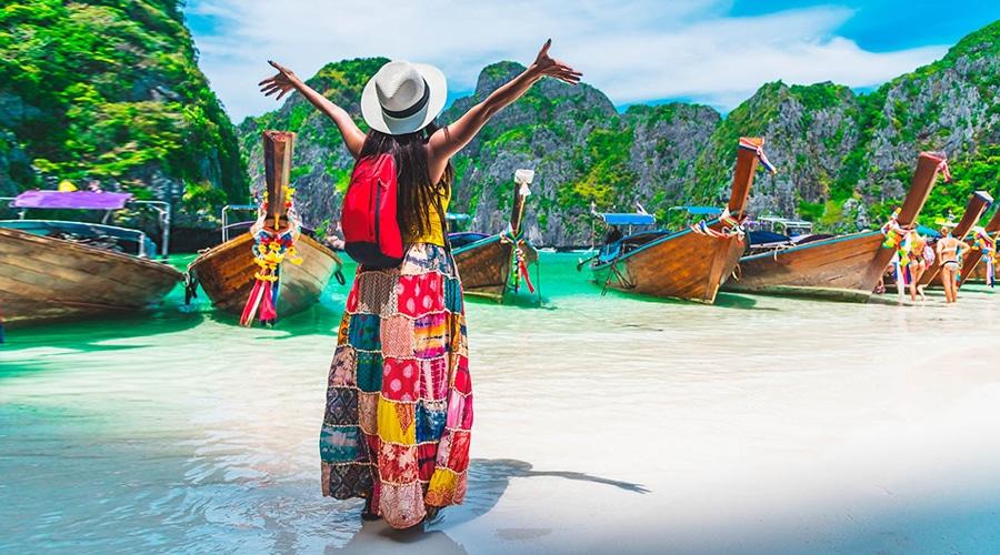 Romantic, Phi Phi Islands, Phuket, Thailand, Asia