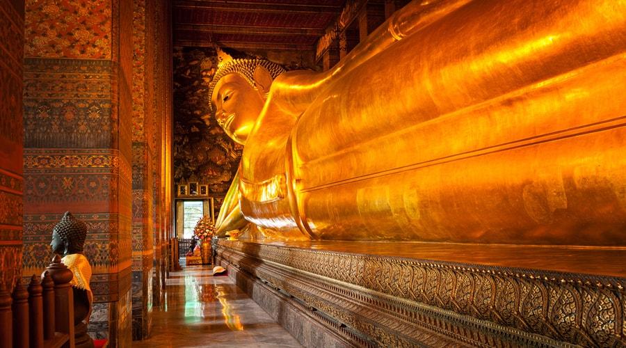 Reclining Buddha, Wat Phra Chetuphon (Wat Pho), Bangkok, Thailand, Asia
