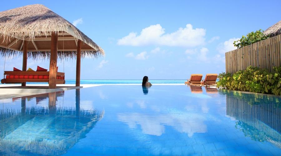 Deluxe Beach Villa Pool, Sun Aqua Vilu Reef Resort, Dhaalu Atoll, Maldives, South Asia