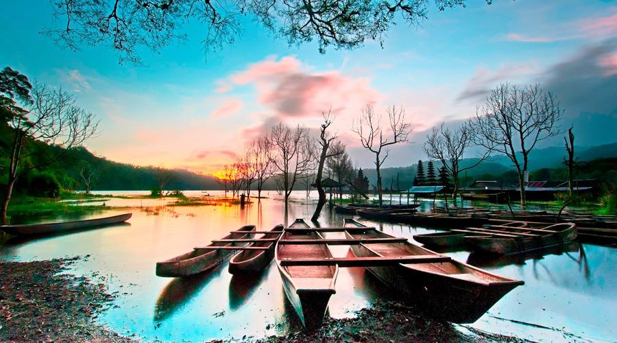 Objek Wisata Danau Tamblingan (Lake Tamblingan), Buleleng Regency, Bali, Indonesia, Asia
